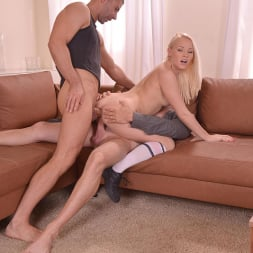 Lola Taylor aka Baby L in 'DDF' Tasty For Her Studs (Thumbnail 12)