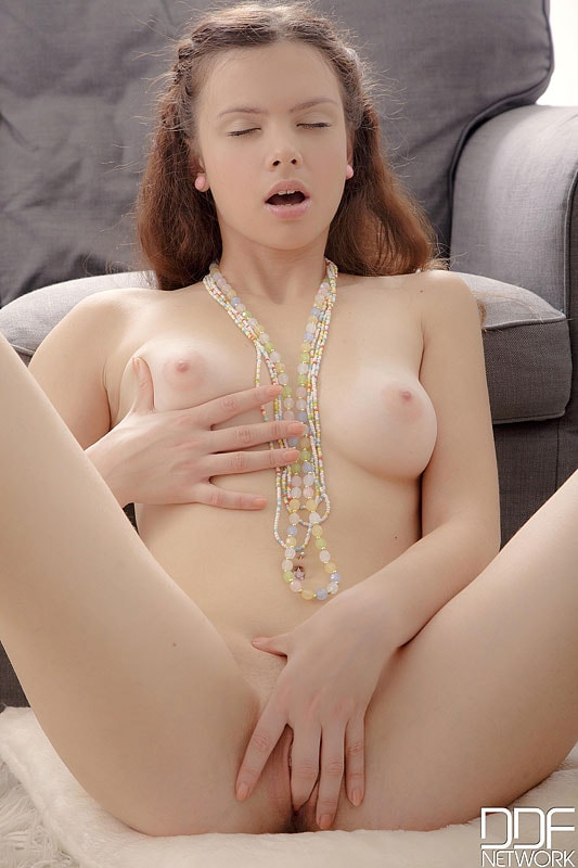 DDF 'Tending To Her Fruit' starring Peachy (Photo 8)