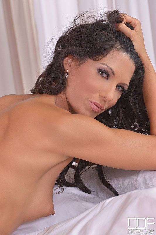 DDF 'Lady Heat' starring Alexa Tomas (Photo 7)