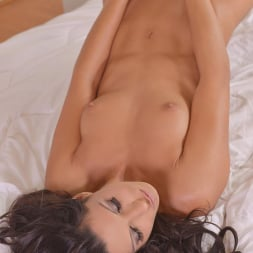 Alexa Tomas in 'DDF' Lady Heat (Thumbnail 12)