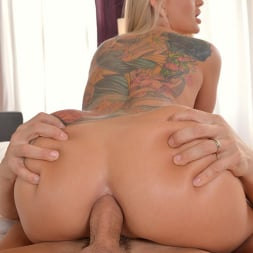 Kayla Green in 'DDF' Yoga Cutie Gets Ass Fucked (Thumbnail 12)
