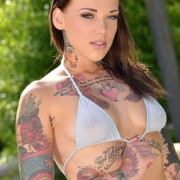 Lauren in 'DDF' Tattooed Temptation (Thumbnail 1)